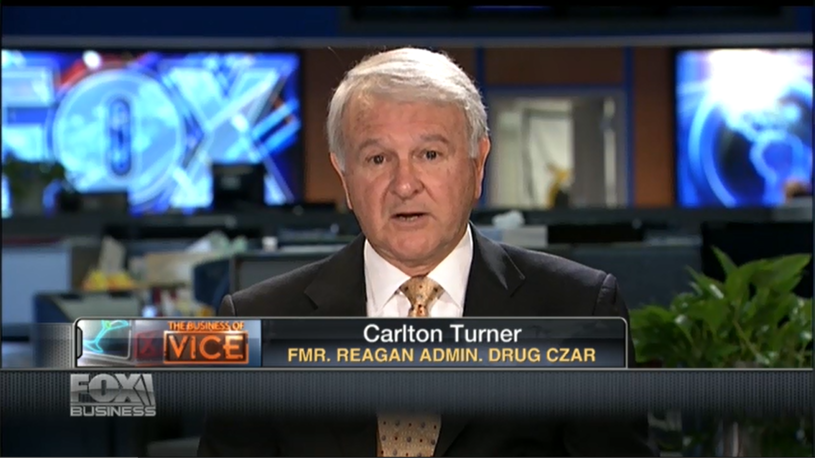"USA: Former Reagan Drug Czar Thinks Medical Marijuana Is A ""Con"""