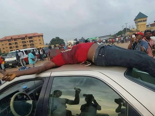 Routine Cannabis Police Search Ends With Pandemonium & Two Dead At Nigerian Road Junction