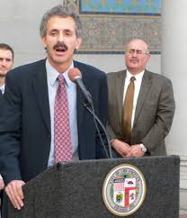 LA City Attorney Cracks Down On Unlicensed Cannabis Businesses
