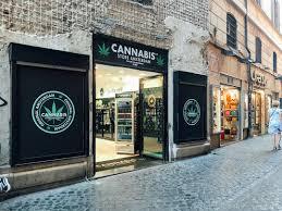 Italians are Choosing 'Light Cannabis' Over Prescription Medications
