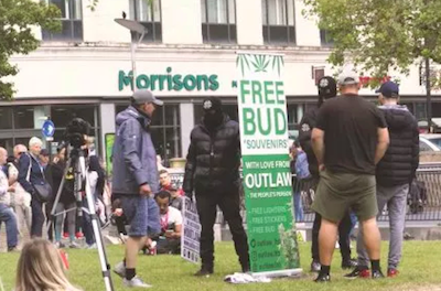 UK: Activists Hand Out £800 Of Free Cannabis In Manchester