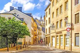 Luxembourg Ministers of Health and Justice Look To Canada For Medical Cannabis Model