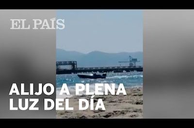 Video: Beachgoer films drug drop-off at beach in southern Spain