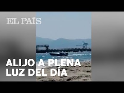 Video: Beachgoer films drug drop-off at beach in southern Spain