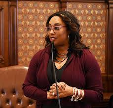 Illinois: State Sen. Toi Hutchinson Takes on New Role as Illinois' 'Cannabis Czar'