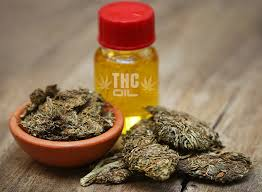 Why People Choose THC Oil: Its Benefits and Effects