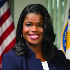 Illinois: Cook County State's Attorney Kim Foxx files motions for 1,000 cannabis conviction clearances