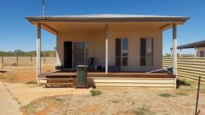 Australia: Tennant Creek man pleads guilty to cannabis possession after calling police on himself – only in the outback!