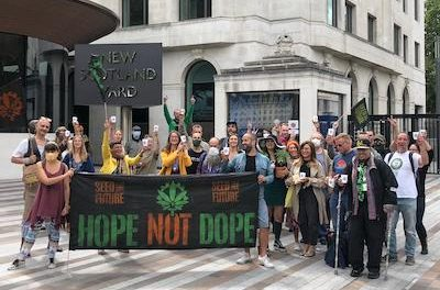 Seed The Future Arranges Around The UK To Raise Hemp Awareness and Hopefully A Bit Of Commonsense Too!