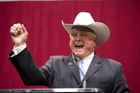 Texan Agriculture Commissioner Sid Miller believes state should expand medical cannabis provision