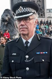 UK: Senior Scotland Yard Officer Who Devised Force's Drugs Strategy Admits Cannabs Use. Is Secretly Suspended