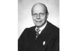 Judge freezes Detroit marijuana business application process